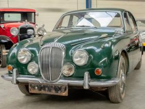 1969 Daimler V8 250