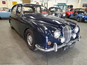 1969 Jaguar Mk II