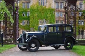 1937 Morris Twelve Four