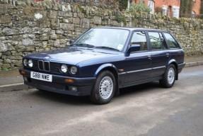 1990 BMW 320i