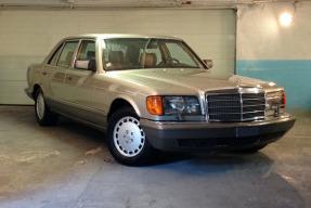 1988 Mercedes-Benz 560 SEL