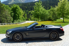 2015 Mercedes-Benz SL63 AMG