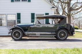 1922 Cadillac Model 61