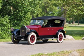 1924 Pierce-Arrow Model 33