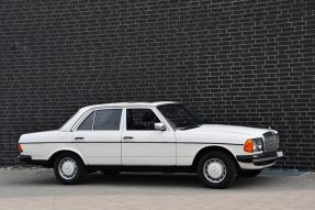 1981 Mercedes-Benz 230 E