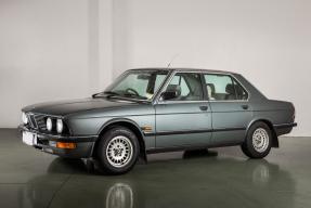 1987 BMW 525e