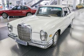 1968 Mercedes-Benz 250 SEb