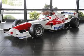 2004 Toyota TF104B