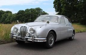 1968 Daimler V8 250
