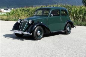 1939 Simca 8