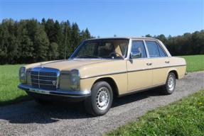1974 Mercedes-Benz 230
