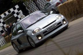 2001 Renault Clio V6