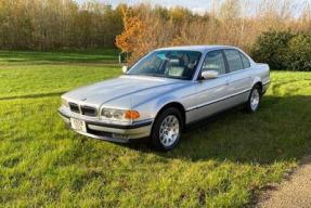 2000 BMW 735i