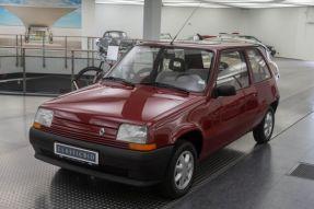 1990 Renault 5