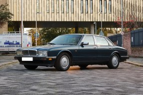 1991 Daimler 4.0