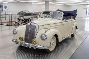 1952 Mercedes-Benz 220 b