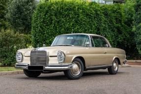 1967 Mercedes-Benz 250 SE Coupe