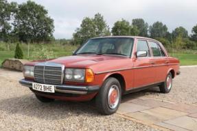 1983 Mercedes-Benz 200