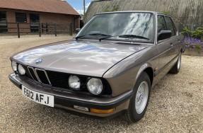 1988 BMW 525e