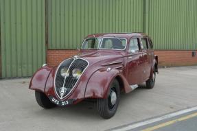 1935 Peugeot 402