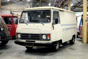 1984 Peugeot J9