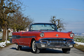 1957 Pontiac Star Chief
